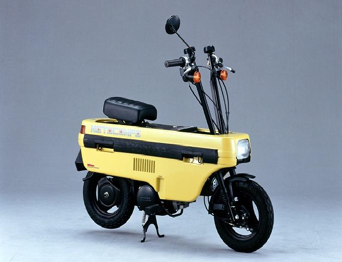 折り畳みバイク、<b>ホンダ</b>・<b>モトコンポ</b>を軽く超える 折り畳んだまま走る <b>...</b>
