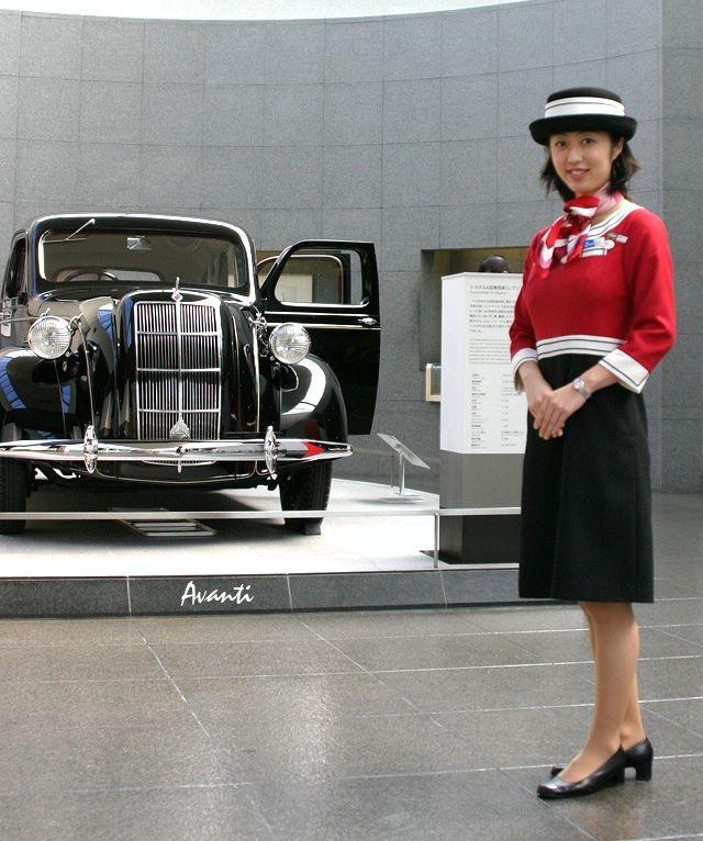 「トヨタが創立75周年で歴代車100台展示 ! 1/5デザインモックも !」の2枚目の画像