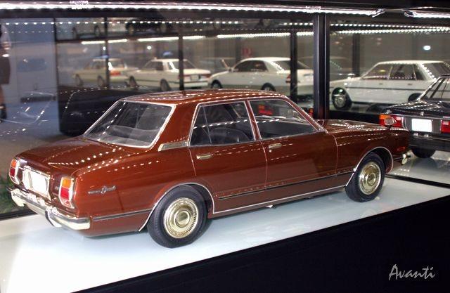 「トヨタが創立75周年で歴代車100台展示 ! 1/5デザインモックも !」の25枚目の画像