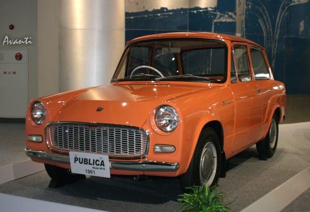 「トヨタが創立75周年で歴代車100台展示 ! 1/5デザインモックも !」の12枚目の画像