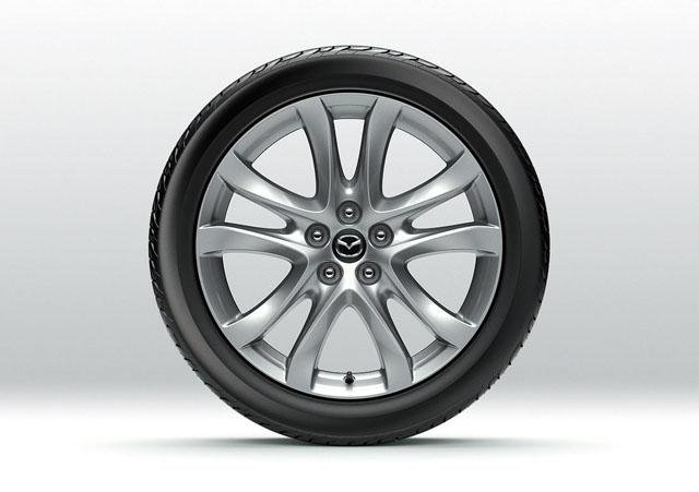 「燃費性能はリッター22.4km! 新型マツダ アテンザスカイアクティブディーゼルに注目」の2枚目の画像
