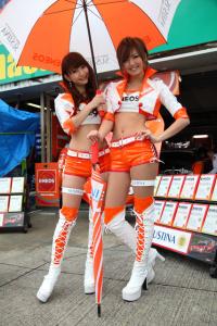 スーパーGT2012レースクイーン考察その1「へそ出しホットパンツ」がトレンド?