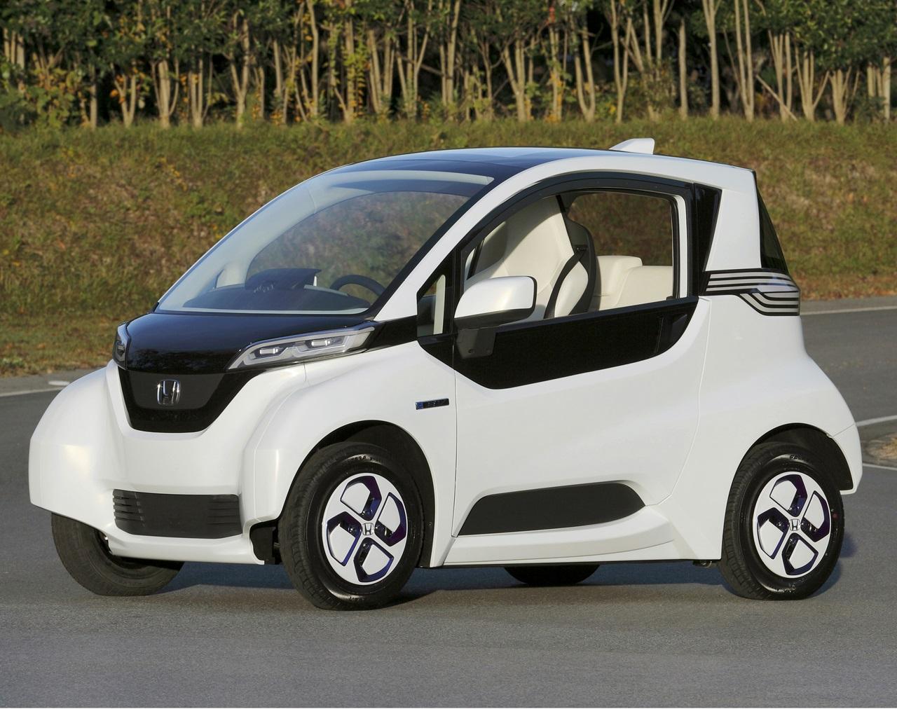 「ホンダが超小型EVを今秋から全国3カ所で社会実験開始 !」の1枚目の画像