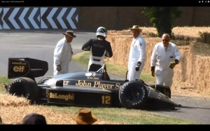 Lotus98T_Crash_02