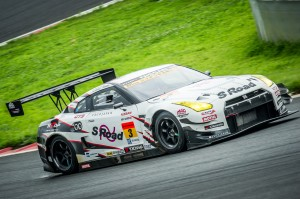 2013_GT300_GTR