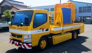 自走式標識車 (出展 NEXCO中日本)