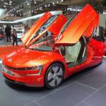 VW本気のエコ!リッター100km超のXL1とEVのe-UP!【東京モーターショー2013】 - DSCF9812