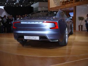 volvo_concept_coupe04