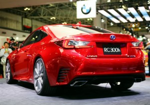 Lexus_RC300h18