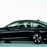 複合燃費リッター70.4kmのアコードPHVを一般ユーザーへ - accordPHV_rear