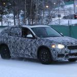 新型BMW X1耐寒テストに初登場スクープ! - 4A4_3435-3024645166-O