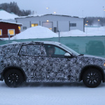 新型BMW X1耐寒テストに初登場スクープ! - 4A4_3439-3024646812-O