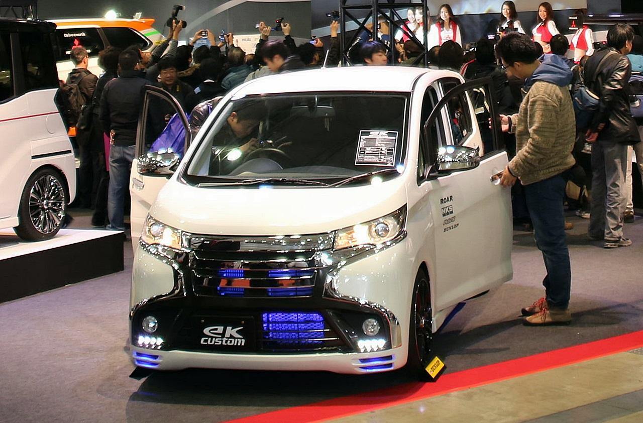 発売前の軽自動車、三菱「ekスペース」をカスタマイズ出展 【東京オートサロン2014】 Clicccar Com