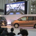 トヨタのミニバン新型「ノア/ヴォクシー」登場! ハイブリッドの燃費はリッター23.8km!! - NOAH VOXY01