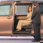 トヨタのミニバン新型「ノア/ヴォクシー」登場! ハイブリッドの燃費はリッター23.8km!! - NOAH VOXY04