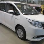 トヨタのミニバン新型「ノア/ヴォクシー」登場! ハイブリッドの燃費はリッター23.8km!! - NOAH VOXY05