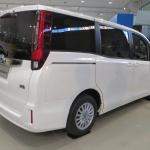 トヨタのミニバン新型「ノア/ヴォクシー」登場! ハイブリッドの燃費はリッター23.8km!! - NOAH VOXY06