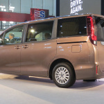 トヨタ新型「ノア」 「ヴォクシー」画像ギャラリー ─ ハイブリッドはリッター23.8km、価格285万円から - NOAH VOXY11
