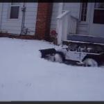 雪かきRCカーがカワイイ!【動画】 - RC_On_Snow_01
