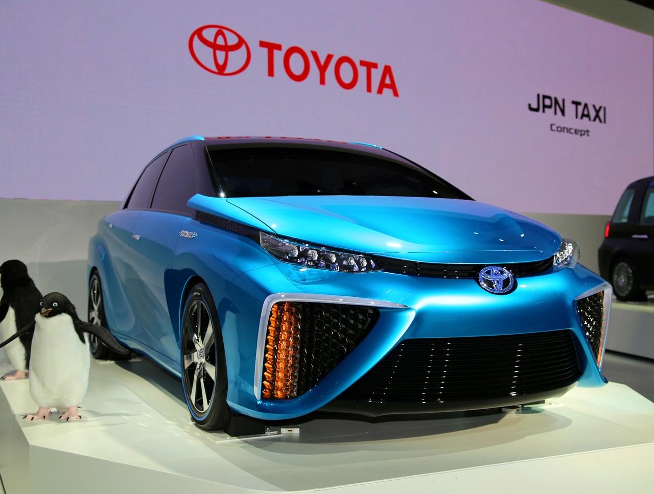 「トヨタ 今夏からFCV(燃料電池車)量産体勢へ! 2015年発売へ」の1枚目の画像