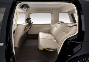 TOYOTA_JPN_Taxi_Concept