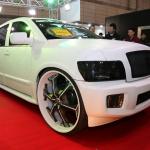 【東京国際カスタムカーコンテスト2014】SUV部門最優秀賞は巨大ホイールのUNIVERSALAIR 5せんと - c26