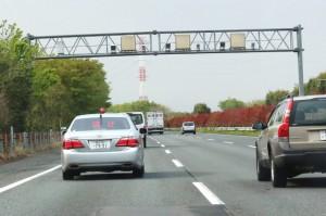 これってあり?「交通取り締まり」を事前に知らせるアプリ | clicccar.com