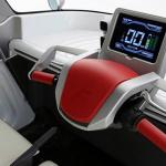 元トヨタ「COMS」の開発者が水上浮揚する小型EVを発表! - FOMM