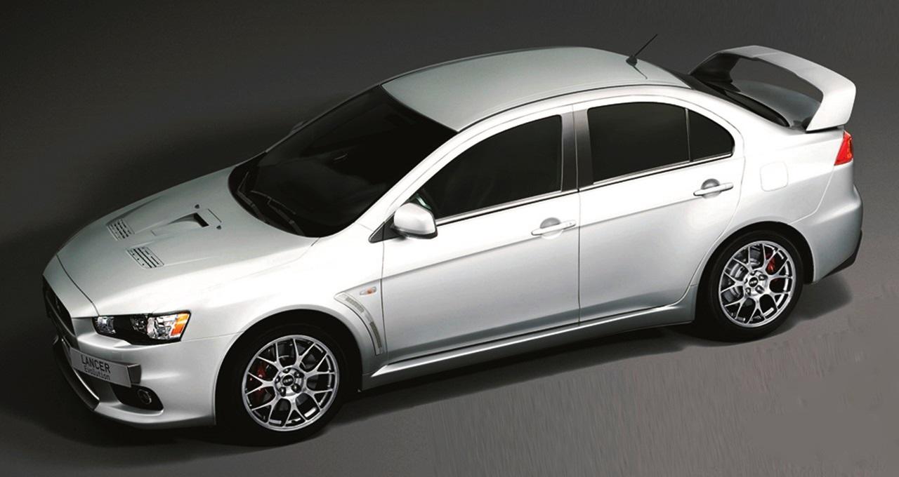 Mitsubishi_Lancer_Evolution_FQ440