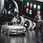 Appleが車載インフォテイメント「CarPlay」発表でカーナビがなくなる日が来る!? - Mercedes-Benz at the Geneva International Auto Show 2014