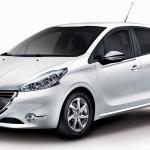 プジョー「208」なのに税込価格209万円の特別仕様車200台限定 - 208_envy14001