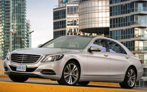 Mercedes_Benz_S_class