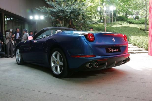 Ferrari Carifornia T_22