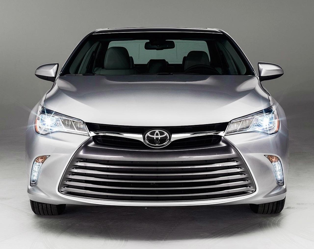 2014 Toyota Camry Xle >> 大幅刷新された 新型カムリ登場!   clicccar.com(クリッカー)