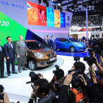 日産がリーフに続き中国で現地製EV「e30」を投入! - VENUCIA