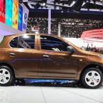 日産がリーフに続き中国で現地製EV「e30」を投入! - VENUCIA_R30