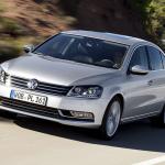 VWが世界販売首位4年前倒しを予告! 中国でPHV開発も? - VW_PASSAT