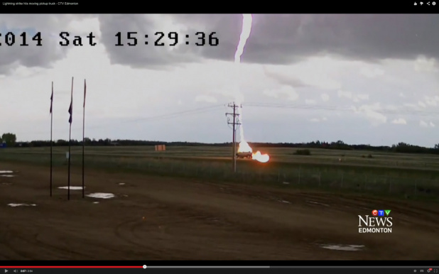 Lightning_Strike_01