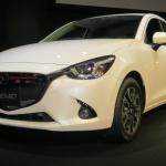 衝撃!? マツダ・デミオディーゼルの価格は一番売れてるハイブリッドより安い! - Mazda_DEMIO_64