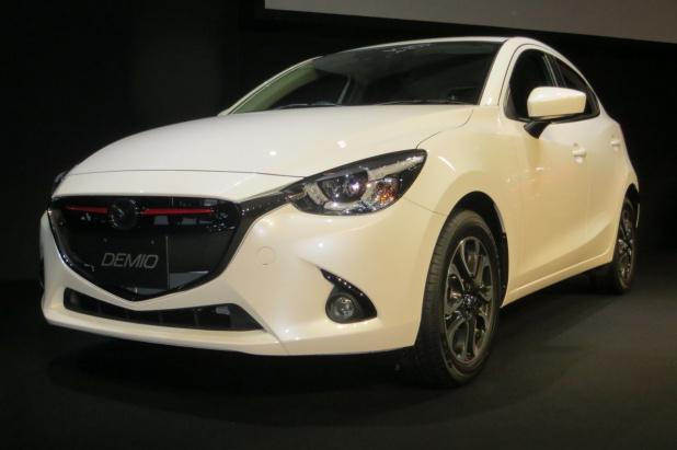 Mazda_DEMIO_64