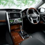 トヨタ「マークX」を一部改良、イエローが鮮やかな特別仕様車を設定 - marx1409_02