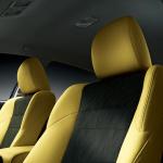 トヨタ「マークX」を一部改良、イエローが鮮やかな特別仕様車を設定 - marx1409_08