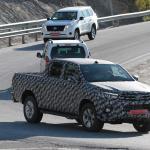 トヨタ・ハイラックス新型モデルをスクープ! - IMG_6026-3523743615-O