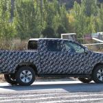 トヨタ・ハイラックス新型モデルをスクープ! - IMG_6032-3523744608-O