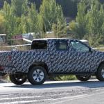 トヨタ・ハイラックス新型モデルをスクープ! - IMG_6034-3523745270-O