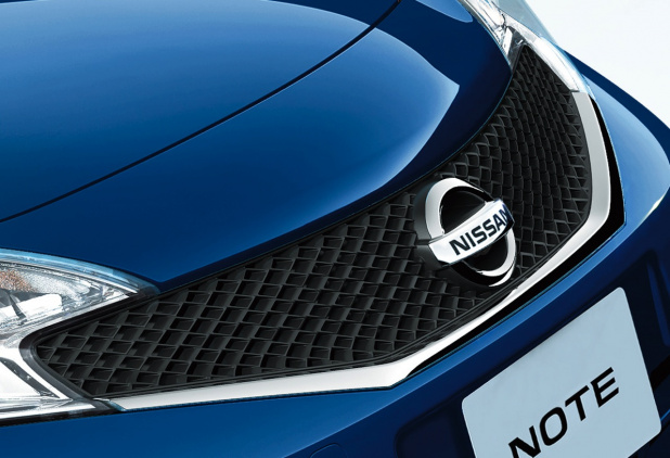 NISSAN_note_02