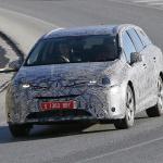 BMW製ディーゼル搭載トヨタ・アベンシスをスクープ! - Spy-Shots of Cars
