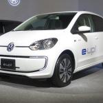 フォルクスワーゲン電気自動車e-up!の価格366万9000円と発表! ゴルフEVも導入 - VW_e-UP_e-GOLF02