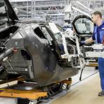 トヨタがFCV「MIRAI」の心臓部にカーボン繊維を採用! - BMW_i8