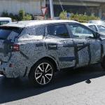 日産Xトレイル兄弟車ルノー・コレオスをスクープ! - Spy-Shots of Cars